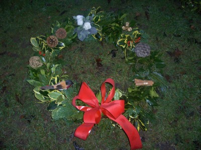 Christmas Gifts Flowers Wreaths